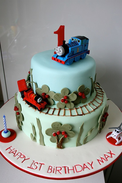 Thomas Train cake. Probably gonna be the theme for Noah's 2nd birthday. He loves trains!