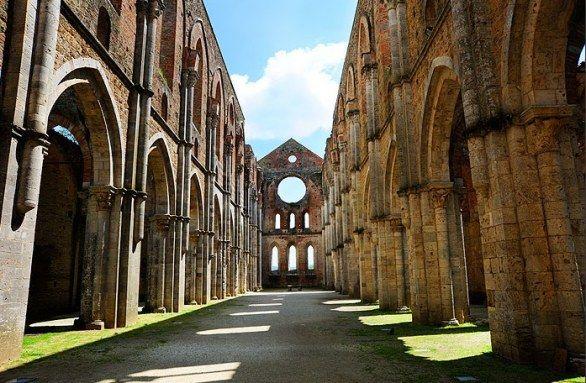 l\\\'abbazia di san galgano a siena