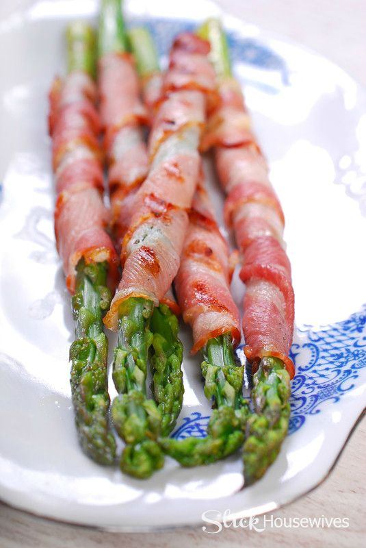 Bacon Wrapped Asparagus Recipe Try this delicious and easy recipe for dinner on your grill this summer! It's still healthy right?