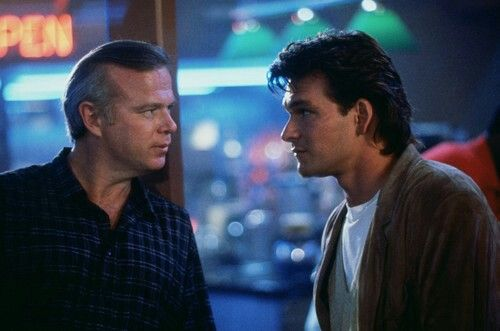 Kevin Tighe and Patrick Swayze from the scene RoadHouse