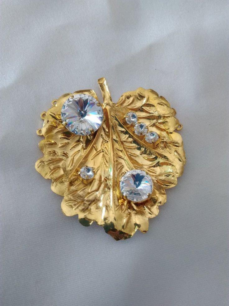 Stupendo centrale per collana a 3 fili, con rivoli swarovski, by crys e cry, 25,00 € su misshobby.com