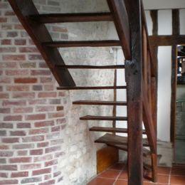 Escalier du Gîte des EMOTELLES à léry prés de Porte-joie (EURE) NORMANDIE
