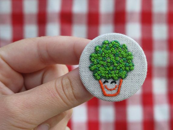 Embroidery Embroidered pin Manjerico Pin by jubela on Etsy