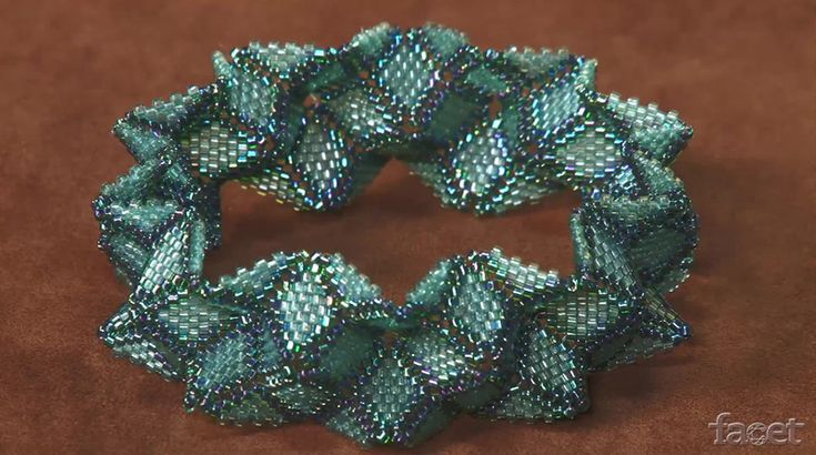 Bead&Button magazine editor Julia Gerlach demonstrates how to make beaded geometric shapes using peyote stitch.   Our tutorial begins with a basic peyote triangle, then explains how to use the same principle to make squares, octagons and hexagons. After you learn to make these basic shapes, you can start to combine them to create 3-dimensional effects.