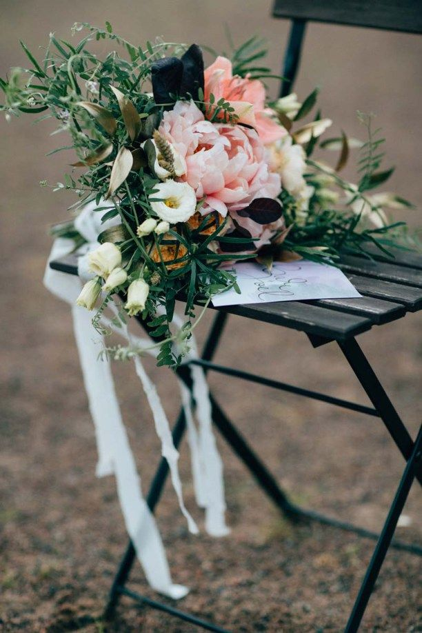 Blush Bohemian Bridal Bouquet, Helmivillakko Floral Design. Photography: Petra…