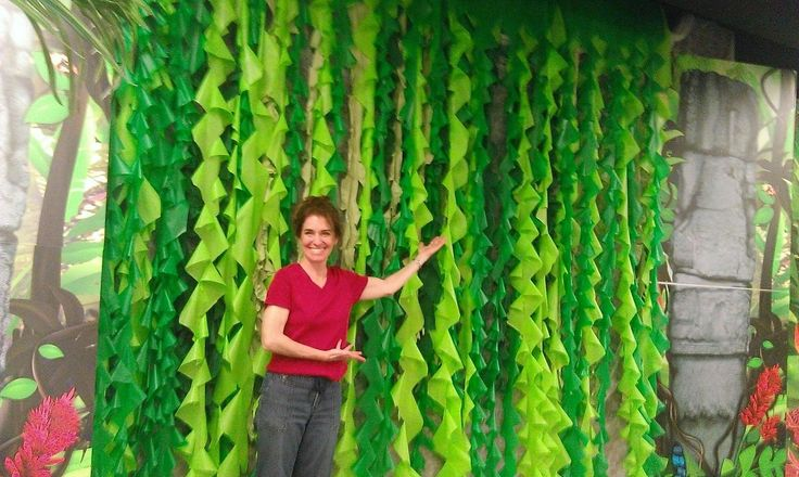Photo only but great idea to make seaweed for ocean decorations