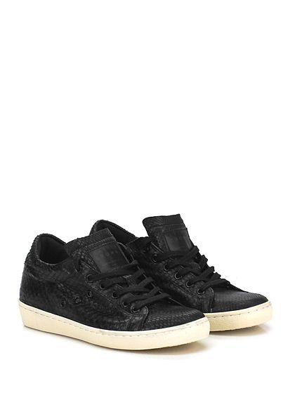 Leather Crown - Sneakers - Donna - Sneaker in pelle stampa pitone con suola in gomma. Tacco 30, platform 20 con battuta 10. - NERO
