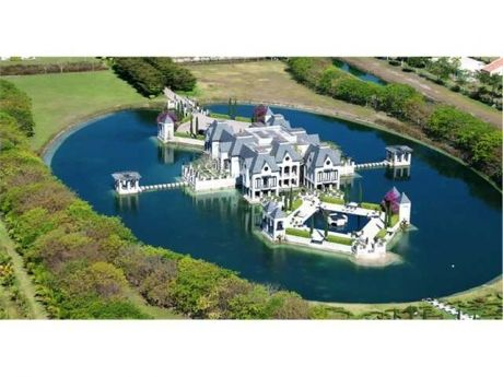 31 best water view castle chateau for sale images on for Homes with inground pools for sale near me
