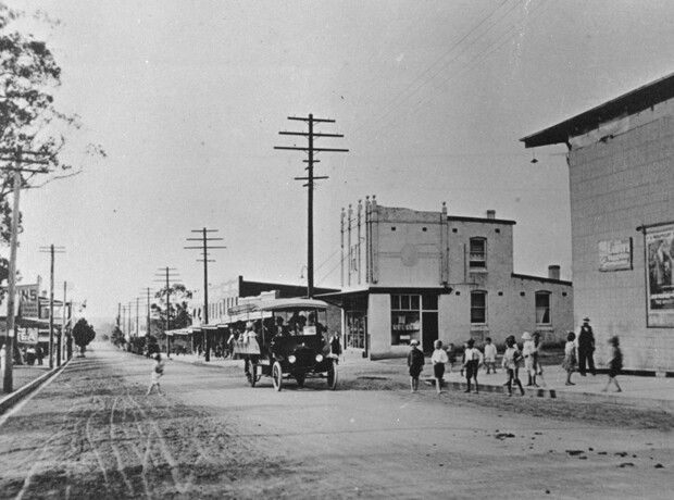 Lakemba.Haldon St looking towards the Railway Station,with Gillies St on the right.Spencers Picture Theatre on the right.