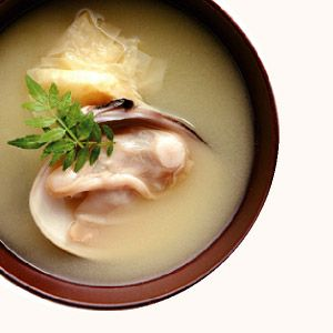 生湯葉とはまぐりの味噌汁 | 365杯の味噌汁 | 醤油、味噌 本物の味ひとすじ【フンドーキン醤油(九州大分県臼杵)】