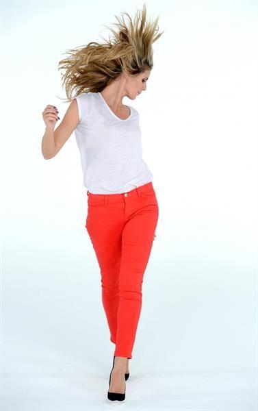 Как выбрать летние джинсы в омске и где