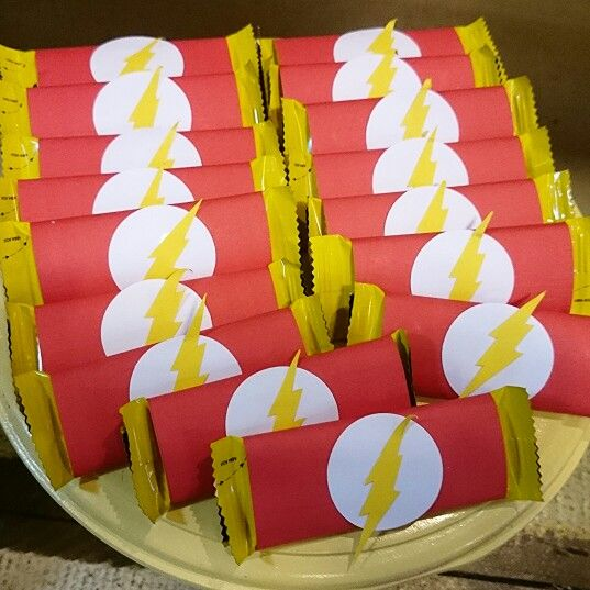 #Flash foi o tema para a decoração.  Festa realizada no #buffetMiniland #MinilandBuffet  Miniland Buffet Infantil em São Paulo, SP