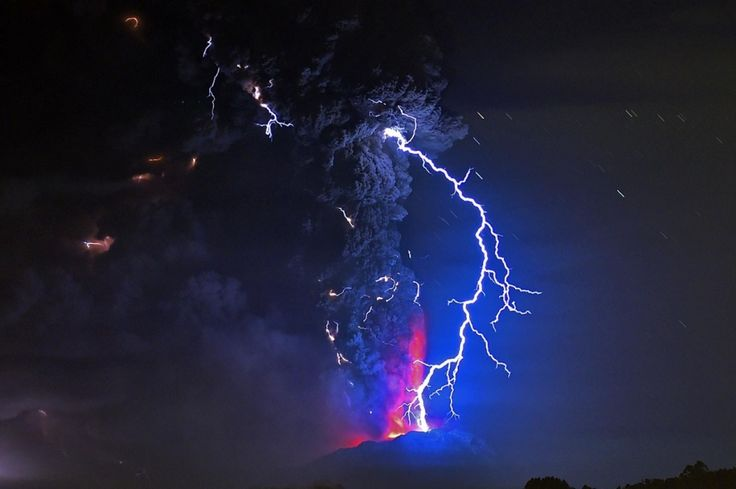 Volcano Erupts in Chile, Hundreds Evacuated | Al Jazeera America |  April 22, 2015, Lightning flashes in the skies over the eruption. It was the first time Calbuco has erupted in four decades. Martin Bernetti / AFP / Getty Images The National Mining and Geology Service issued a high alert, barring access to the area around the volcano, which lies near the cities of Puerto Varas and Puerto Montt, a little more than 620 miles south of Chile's capital, Santiago.