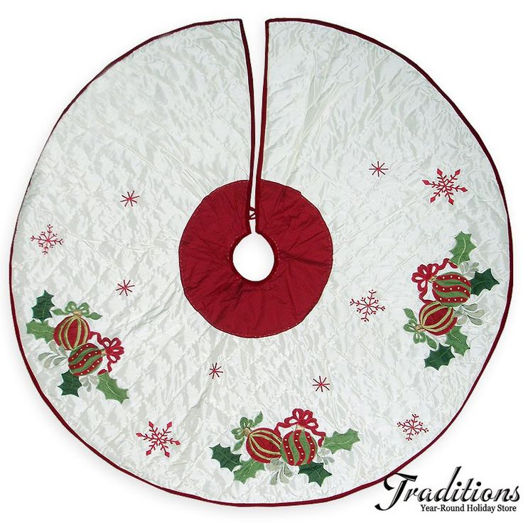 2012 HOLLY ORNAMENTS QUILTED TREE SKIRT Fabric Embroidery 54