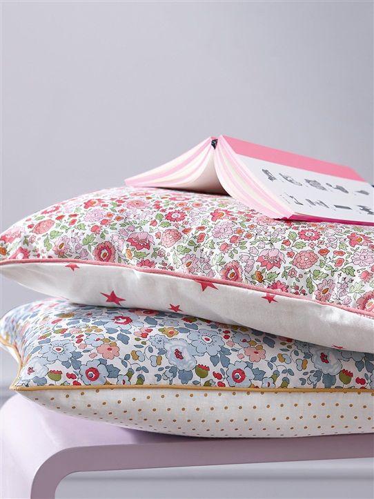 les 25 meilleures id es concernant housse de couette fille sur pinterest housse de couette ado. Black Bedroom Furniture Sets. Home Design Ideas