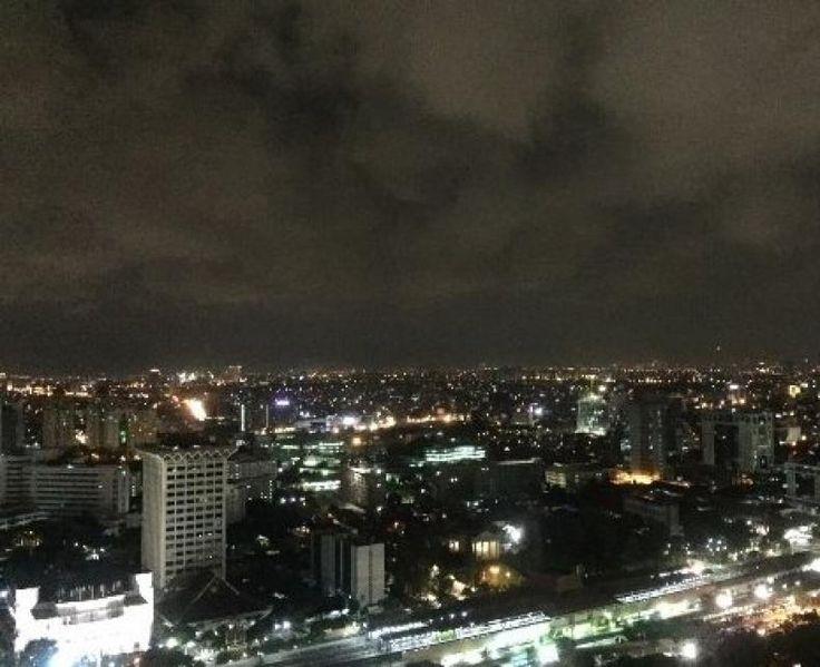 Lapan Ajak Masyarakat Rayakan Hari Keantariksaan dengan Mematikan Lampu 1 Jam  KONFRONTASI - Bertepatan dengan Hari Keantariksaan yang jatuh pada 6 Agustus 2017 Lembaga Penerbangan dan Antariksa Nasional (Lapan) mengajak masyarakat mematikan lampu selama satu jam di malam hari guna mengurangi polusi cahaya.  Kepala Lapan Thomas Djamaluddin di Jakarta Sabtu mengatakan Hari Keantariksaan telah ditetapkan bertepatan dengan disahkannya Undang-Undang Nomor 21 Tahun 2013 tentang Keantariksaan pada…