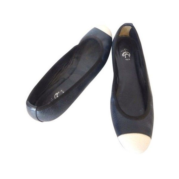 Pre-Owned Brooks Brothers navy/black Ballet Flats w/white Tip Sz 8... ($130) ❤ liked on Polyvore featuring shoes, flats, multi, navy blue flats, white ballet flats, white leather flats, white ballet shoes and white flats