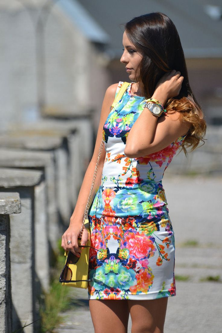 Floral Dress from furioussquirrel.blogspot.fr