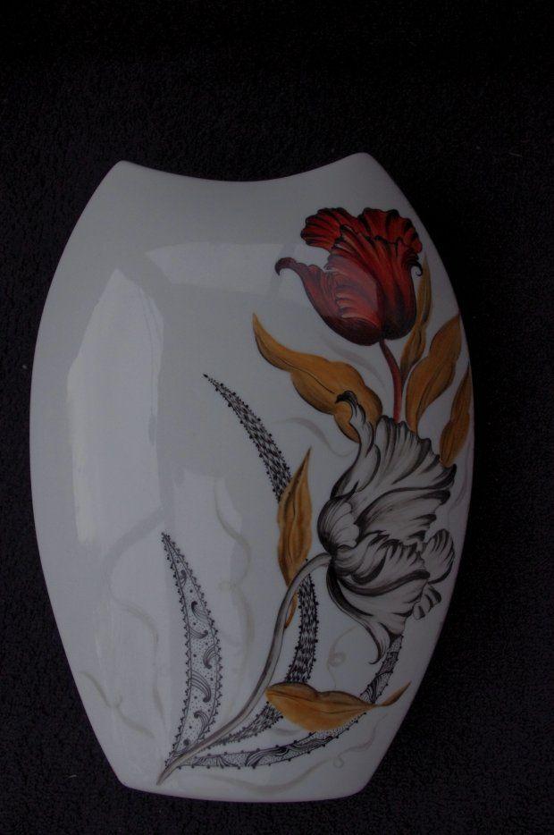 """Image - vase aux tulipes """"modernisées"""" - L'art de la peinture sur Porcelaine - Skyrock.com"""