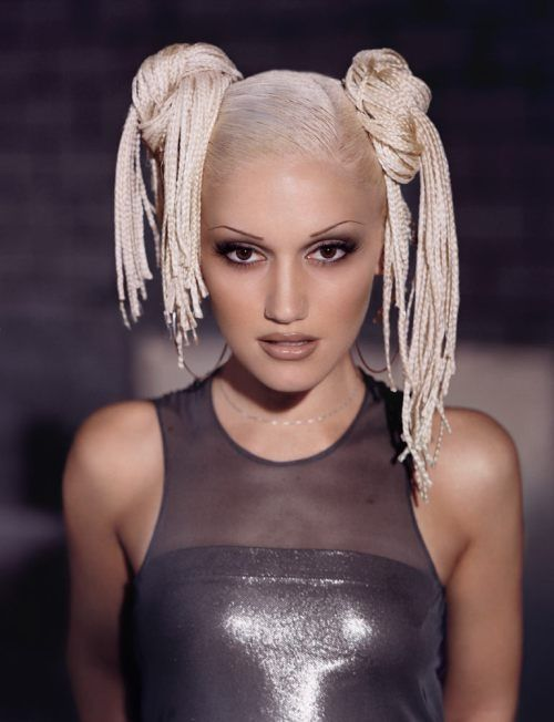 There are #NoRules when it comes to Gwen's 90s hairstyles!