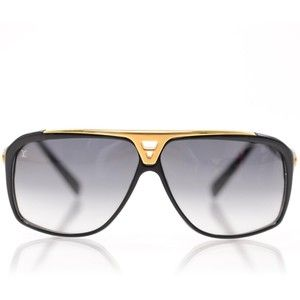 Selling on ebay  - $55 #MensSunglasses #EvidenceSunglasses #WomensSUnglasses #eBaySunglasses #SunglassesSunglasses http://www.ebay.com/itm/Evidance-Sunglasses-Millionaire-Sunglasses-Aviator-Mens-Womens-/271691021662?ssPageName=STRK:MESE:IT