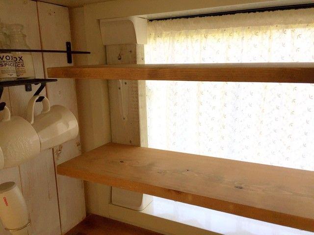 現状回復ok ディアウォールでキッチンの窓枠に見せる収納をdiy 窓枠 ディアウォール 家