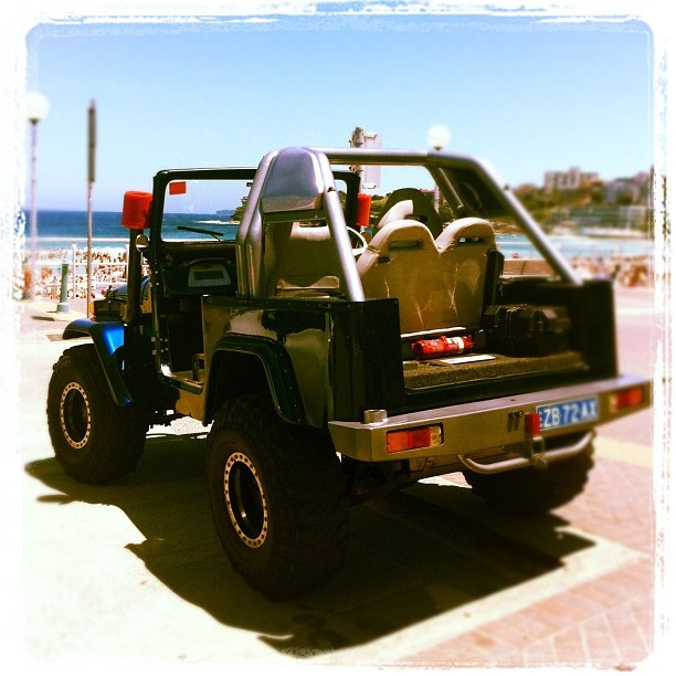 Beachside Ride at #bondi #beach #seeaustralia