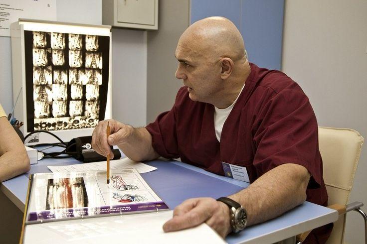 Lekári radia! ak vás začali bolieť kolená a dolná časť chrbta, nikdy sa ich nedotýkajte. UROBTE TOTO !   Báječné Ženy