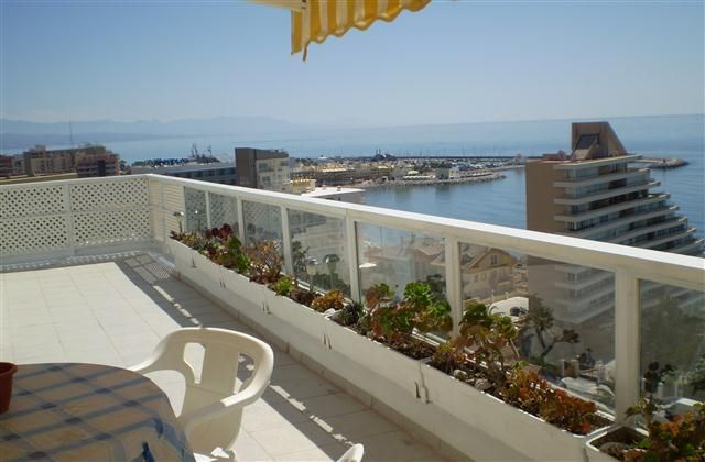 2 Bedroom Apartment in Benalmadena to rent from £318 pw. With balcony/terrace, air con and TV.