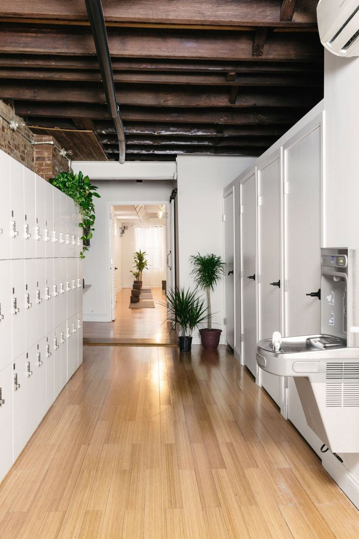 This Plant Filled Brooklyn Yoga Studio Is Our Happy Place Yoga Room Design Yoga Studio Design Yoga Studio Decor