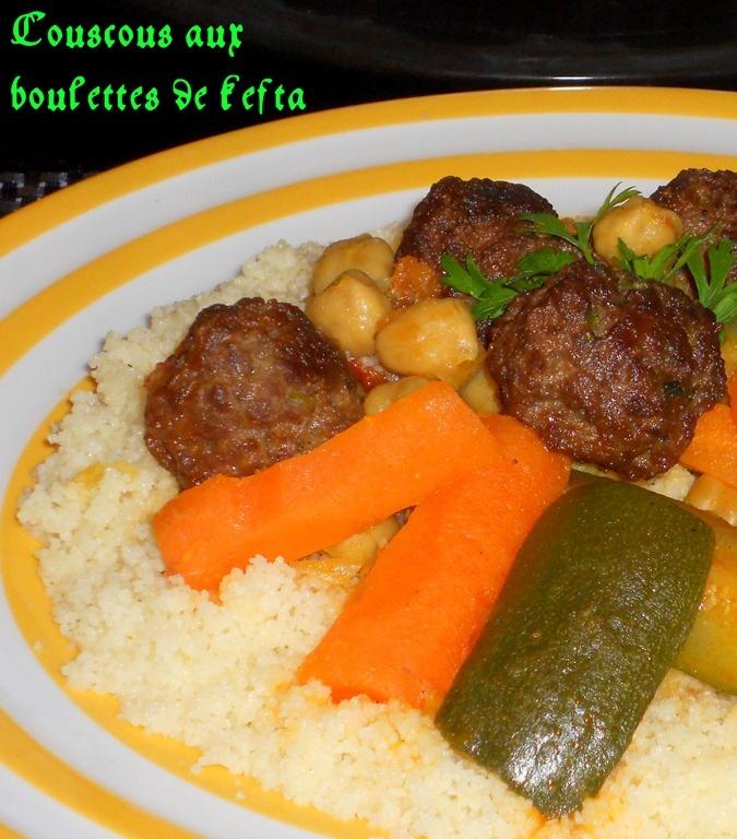 un délicieux couscous aux boulettes de kefta