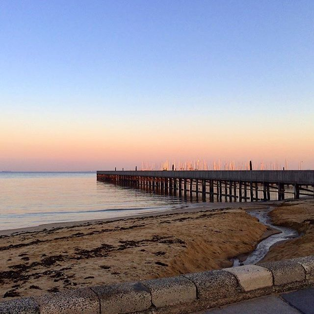 🇦🇺That morning Melbourne glow 💜 BRIGHTON  #earlymorning #sunrise #brighton #bayside  #thatview #thatsmelbourne #thatglow #melbournelifelovetravel  #instagood #instamelbourne #thatview #beautiful #picturesque #landscape #scenery #magnifique #instaview #instatravel #instabeach #explore #live #enjoy #australia #throwback #beach #pier #melbourne #may #2017