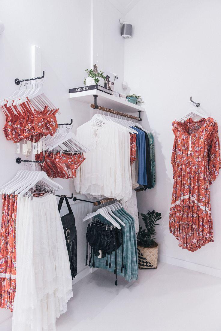 Best 25+ Boutiques ideas on Pinterest | Boutique interior ...
