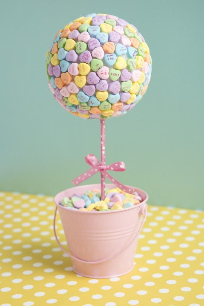 DIY Valentine's Day candy heart topiary