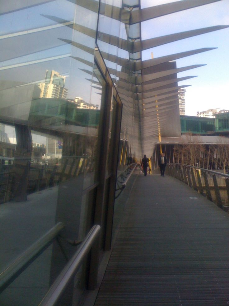 Bridge over Yarra River, Melbourne Convention & Exhibition Centre 2014. Photo by Tamara Desiatov