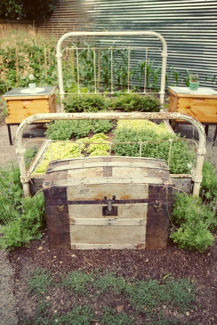 Not house, but cool garden concept! A real herb bed, with beehive bedside tables as well!