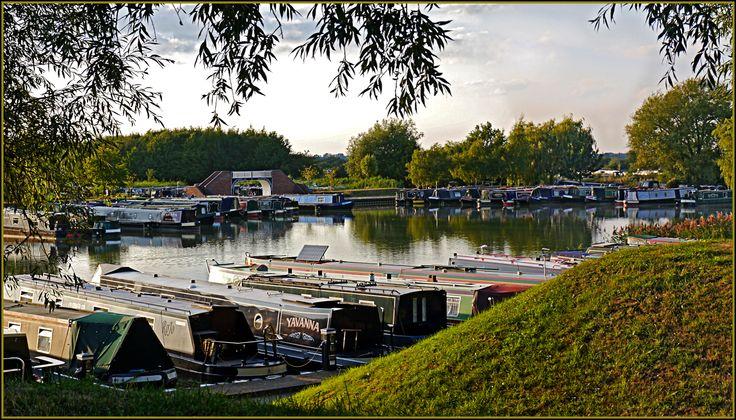 Looking across Locks Marina at Calcutt Boats Ltd www.calcuttboats.com