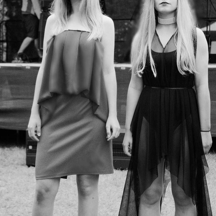 Zdjęcia nowej kolekcji #MDST już na modeste.com.pl  foto: @manowhite Marcel Król  Models: @jbkrck @nasieknasiek . . .  _________ #fashion #fashionblogger #fashionista #fashionshow #fashiondesigner #moda #projektant #polskadziewczyna #polishgirl #polskamoda #blackandwhite #littleblackdress #lifestyle #show