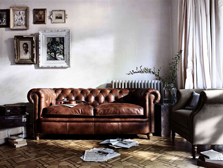 Newport Large Leather Chesterfield Sofa