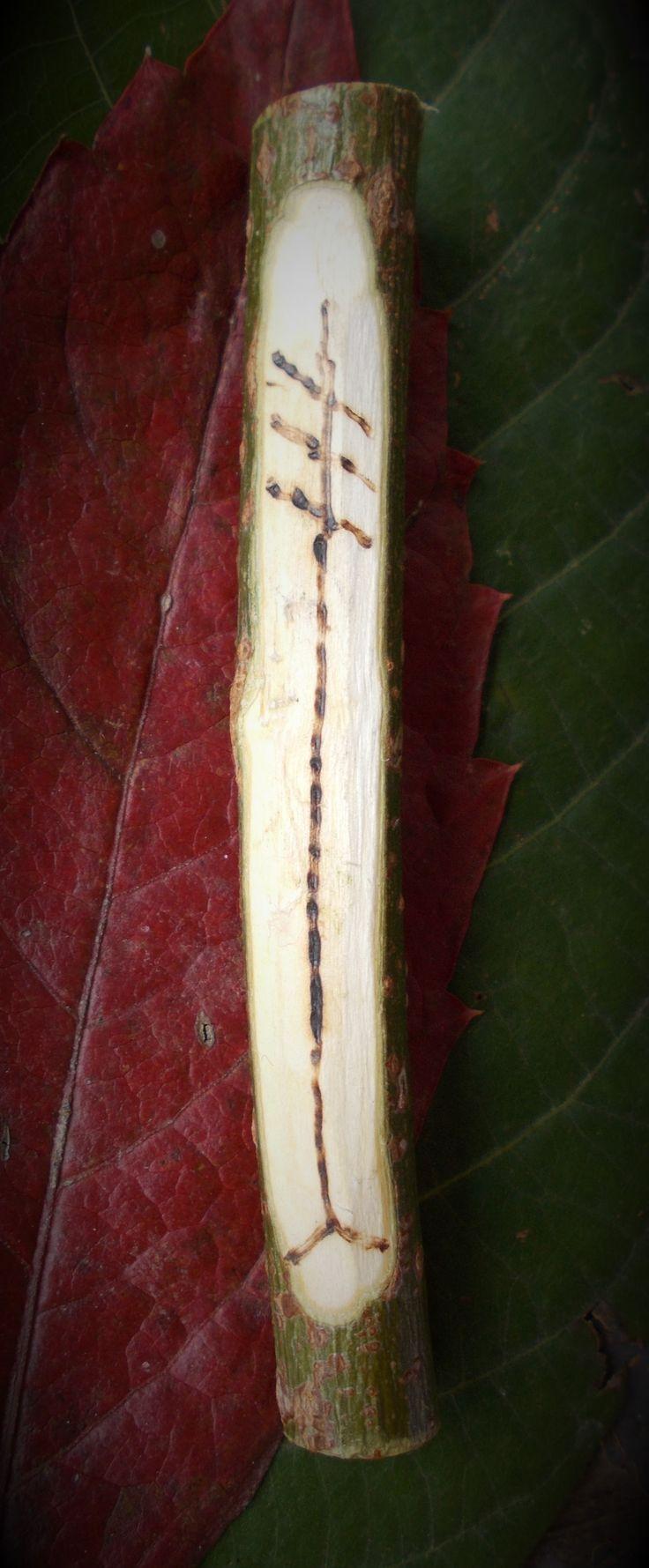 Brigid...Tűz és Víz...kovácsok, költők és gyógyítók... útravaló kelta tanfolyamra készülve , az Aquincum Múzeumban, Óbudán, 2017.október 28.-án A nád jelét kaptam, mely se nem fa, se bokor. Brigid-Briad-Brigantia, a soknevű kelta Istennőhöz kötődik,akit a kelta törzsek mindegyike tisztelt. Ő volt a kovácsok,a költők,és a gyógyítók védelme…