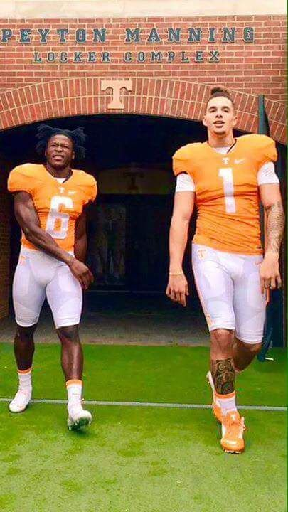 Thunder and lightning Alvin Kamara & Jalen Hurd. If kamara wasn't in this pic I'd delete it. Hurd is a whiny quitter