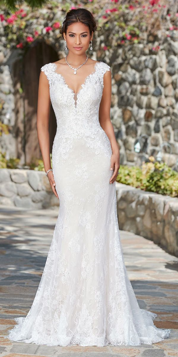[167.99] Fabulous Lace V-neck Neckline Pure Waistline Mermaid Marriage ceremony Costume With Lace Appliques & Beadings