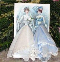 Винтажные открытки с дамами в юбках из носовых платочков