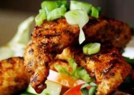 Bakt potet med piri-piri-kylling