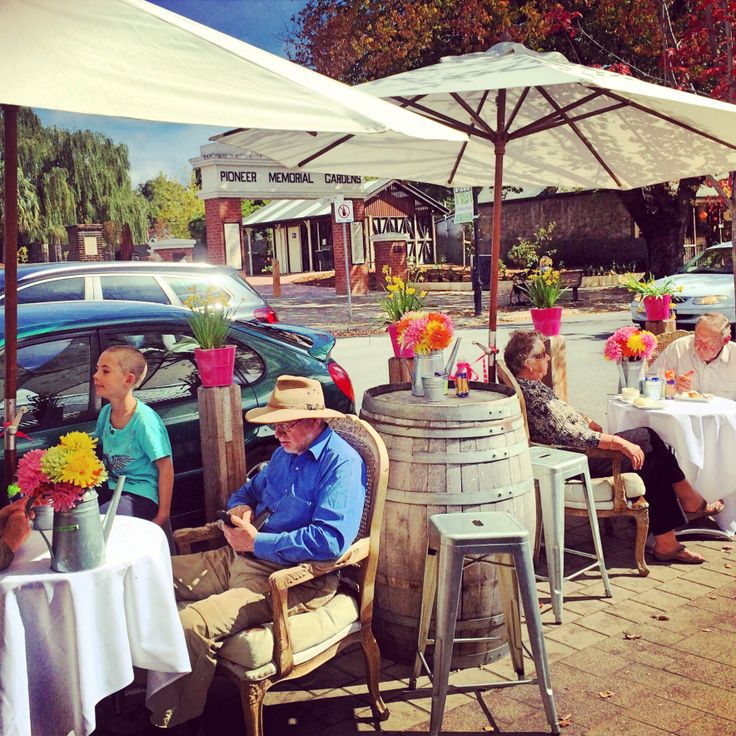 Good day, all day (Hahndorf - Adelaide, South Australia)