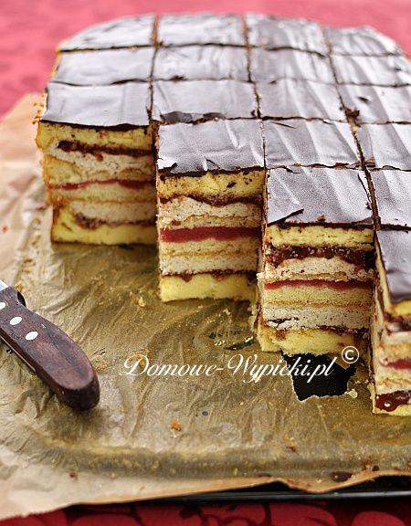 """Zmodyfikowane przeze mnie ciasto siostry Anastazji z książki: """"100 nowych ciast"""". Ciasto to polecam tylko na specjalne okazje. (Jego nazwa..."""
