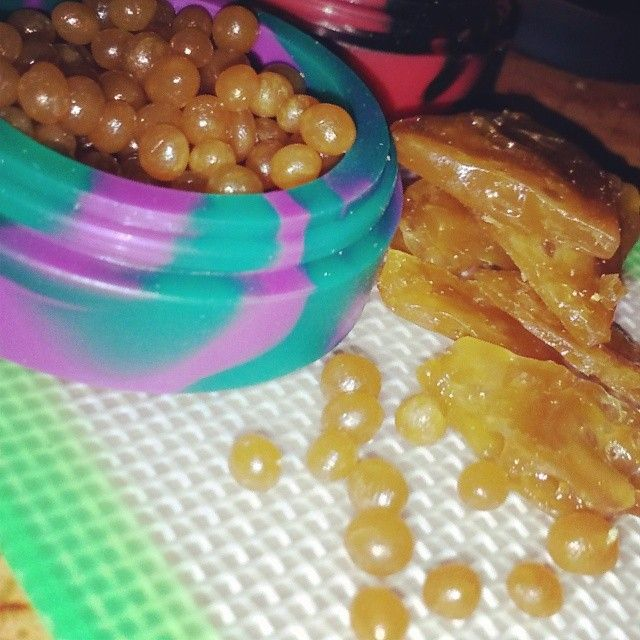 Holy dabs::bho::bubble hash::errl::shatter:: wax::concentrates::cannabis::dab balls::oil balls::oil slick::oil slick containers::NoEllie0123