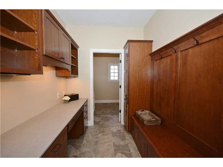 mudroom, laundry, drop off area, southpointe