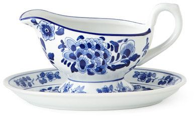 Traditional Gravy Boat & Stand