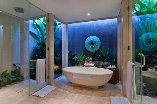 Villa bathroom at White Rose